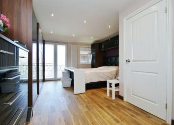 Thumbnail 5 bed property to rent in Taylors Green, London