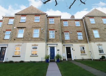 4 bed town house for sale in Old Dickens Heath Road, Dickens Heath, Shirley, Solihull B90