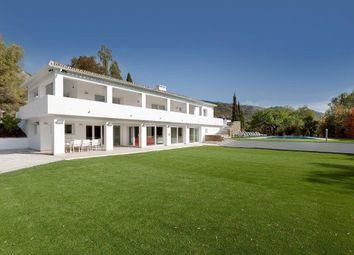 Thumbnail 6 bed villa for sale in Marbella, Málaga, Spain