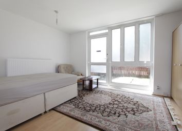 Room to rent in Coopers Lane, Kings Cross NW1