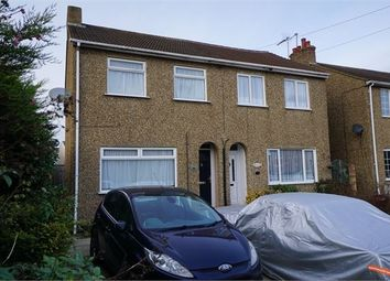 2 bed semi-detached house to rent in Mill Road, Mile End, Colchester CO4