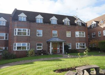 Thumbnail 2 bedroom flat to rent in York Mews, Alton