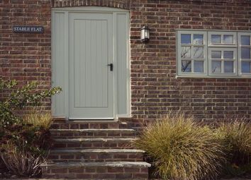 Thumbnail 2 bed flat to rent in Gate Street, Bramley, Guildford