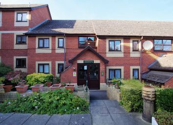 Thumbnail 2 bed flat for sale in Drove Road, Swindon