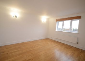 Thumbnail 2 bed flat to rent in Sheepcote Road, Windsor