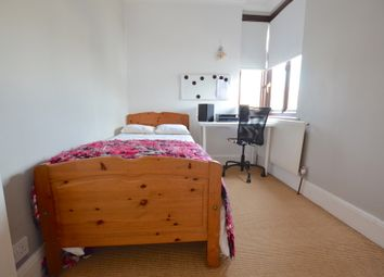 Thumbnail Room to rent in Burleigh Gardens, Southgate