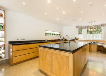 Thumbnail 6 bed end terrace house to rent in Holland Villas Road, Holland Park