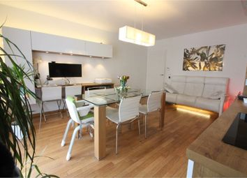 Thumbnail 2 bed apartment for sale in Île-De-France, Yvelines, Velizy Villacoublay