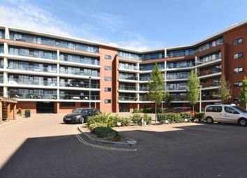 2 bed flat for sale in Racecourse Road, Newbury RG14
