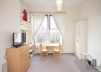 Thumbnail 1 bed flat to rent in Hilltop Road, West Hampstead