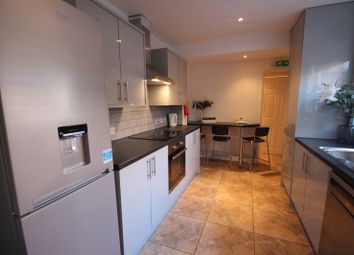 6 bed end terrace house to rent in Kimbolton Avenue, Lenton, Nottingham NG7