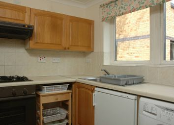 3 bed property to rent in Taeping Street, Canary Wharf, London E14