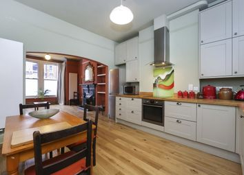 Thumbnail 1 bed flat to rent in Plympton Road, London