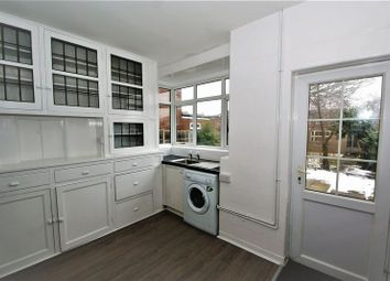 Thumbnail 3 bed detached house to rent in Crescent Avenue, Grays