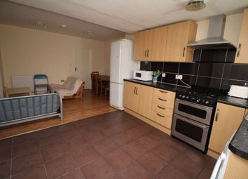 Thumbnail 3 bed flat to rent in Well Street, Exeter
