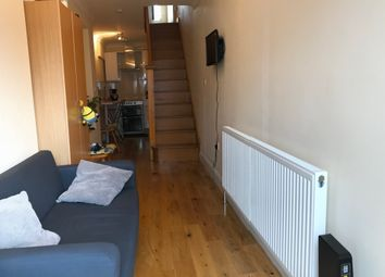 Thumbnail 1 bed flat to rent in Valley Drive, Kingsbury / Harrow