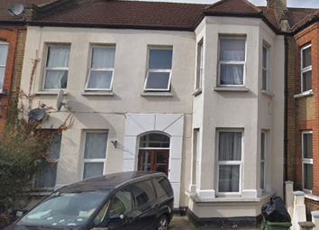 5 bed terraced house to rent in Valentines Road, Ilford IG1