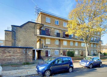 Thumbnail 2 bed flat for sale in Kelland Road, London, Greater London.