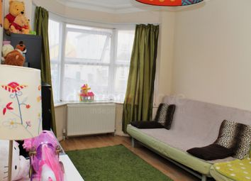 Thumbnail 1 bed maisonette to rent in Cromwell Road, Hounslow