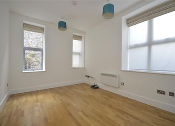Thumbnail 1 bedroom flat to rent in Harbours Edge, Hotwell Road, Bristol