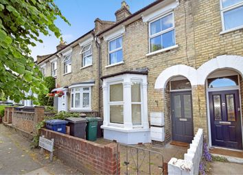 Thumbnail 2 bed flat to rent in Glenthorne Road, Friern Barnet