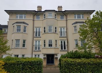 Thumbnail 2 bed flat to rent in St. Matthews Gardens, Cambridge
