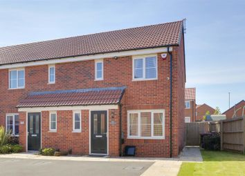 3 bed town house to rent in Mustang Close, Hucknall, Nottinghamshire NG15