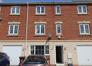 Thumbnail 4 bed property for sale in Dovestone Way, Kingswood, Hull