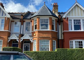 2 bed flat for sale in Windermere Road, London N10