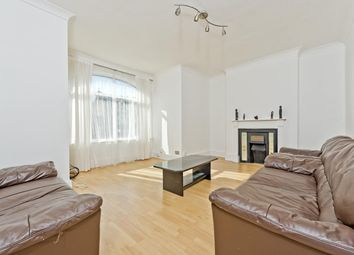 3 bed maisonette to rent in Arthur Road, London SW19