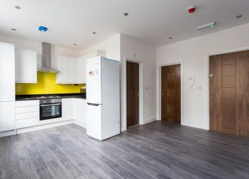 Thumbnail 1 bed flat to rent in Essex Road, Islington, London