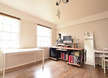 Thumbnail Studio to rent in Cambalt Road, London