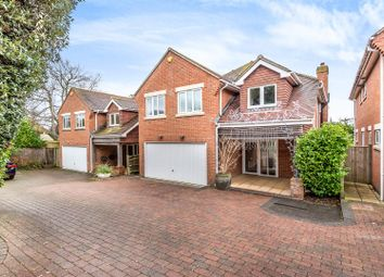 4 bed detached house for sale in Fairview Gardens, Lancing BN15