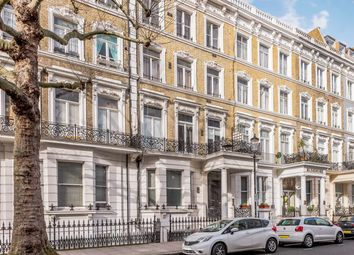 Thumbnail 1 bed flat to rent in 13 Trebovir Road, London
