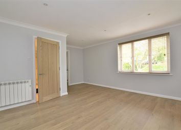 Thumbnail Flat to rent in Kimber Close, Wheatley, Oxford