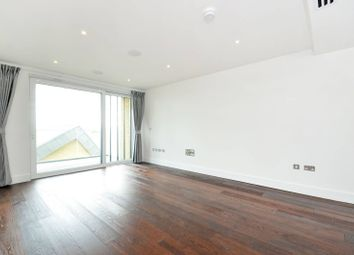 Thumbnail 2 bedroom flat for sale in Central Avenue, Fulham