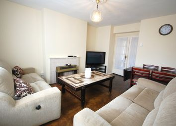 Thumbnail 3 bed flat to rent in Maple Avenue, Acton Vale