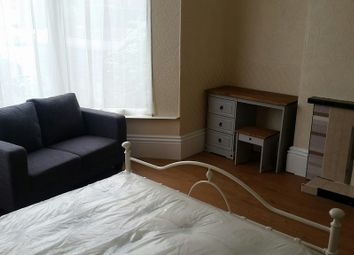 Thumbnail 6 bed shared accommodation to rent in Abbeyfield Road, Sheffield