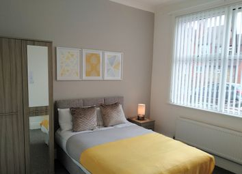 Thumbnail Room to rent in Clipsley Lane, Haydock, St. Helens