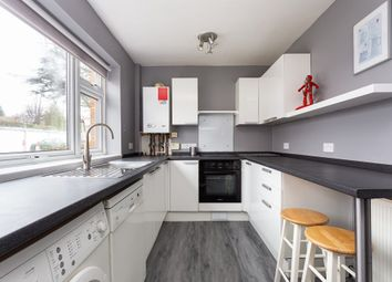 Thumbnail 2 bed flat to rent in Snakes Lane, Woodford Green