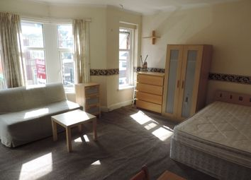 Thumbnail Studio to rent in Claude Place, Roath, Cardiff