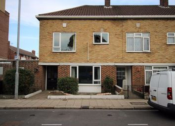 Thumbnail 4 bed property to rent in Jubilee Terrace, Southsea