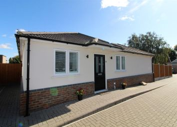 Westview Close, Allen Road, Rainham RM13. 3 bed detached bungalow