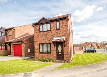 Thumbnail 3 bed detached house for sale in Avondale Drive, Stanley, Wakefield