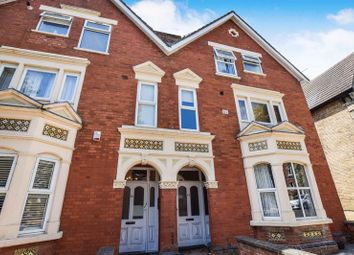 Thumbnail 2 bed flat for sale in Chaucer Road, Bedford