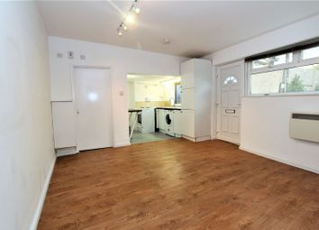 Thumbnail 1 bed flat to rent in Summers Lane, London