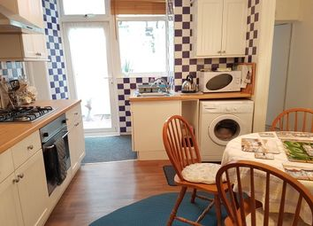 Thumbnail 2 bedroom flat to rent in Melville Street, Torquay