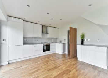 4 bed detached house to rent in Headley Close, Chessington KT19