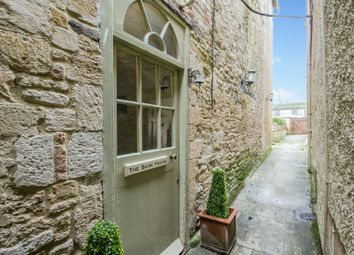 Thumbnail 2 bedroom town house for sale in Burford, Oxfordshire