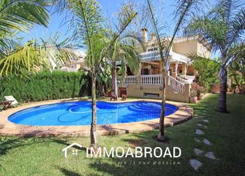 Thumbnail 4 bed villa for sale in Dénia, Alicante, Spain